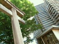 Fushimi Inari shrine entrance stone torii Kyoto 2010 Micah Gampel