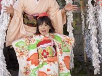 sandy-airi-nishimura-family-753-october-24-2014-kyoto-micah-gampel_8630b